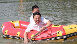 亲水娱乐——皮筏